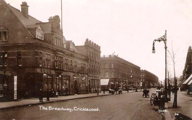 london, cricklewood, the broadway c1910.jpg